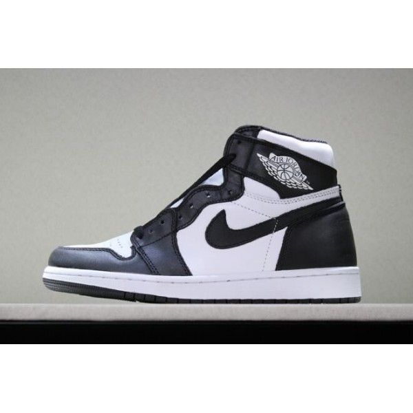 Men Air Jordan 1 Retro High OG Black White Sneakers